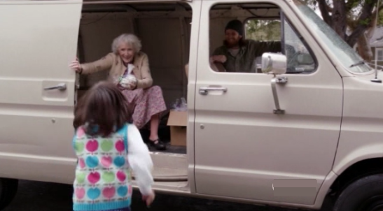NEW GIRL - 1x12 The Landlord - Jess (Zooey Deschanels) was accosted by a man in a truck who offered her candies when she was a kid. She tries to convince Nick (Jake Johnson) that people generally have a good nature.