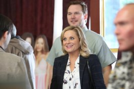 "PARKS AND RECREATION -- ""Bailout"" Episode 515 -- Pictured: (l-r) Amy Poehler as Leslie Knope, Chris Pratt as Andy -- (Photo by: Danny Feld/NBC)"